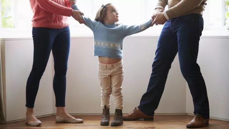 <strong>父母离婚,孩子或成最大赢家?加拿大为</strong>